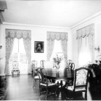 Avalon, interior