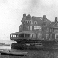 Stetson Cottage on Woodbury Beach