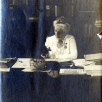 Harriet L. Matthews, librarian of Lynn Public Library, 1904-1916