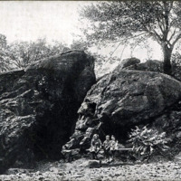 Dungeon Rock, Lynn Woods, Profile