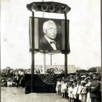 Harding memorial service, Meadow Park, August 11, 1923