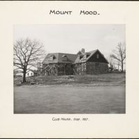 Mount Hood : clubhouse side