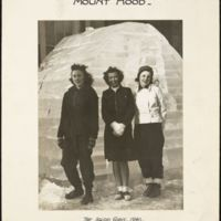 Mount Hood : the igloo girls