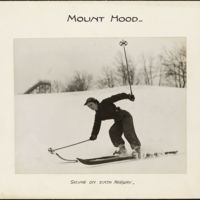 Mount Hood : skiing on sixth fairway