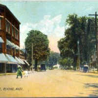 6-25_640_main_street_mother_and_child.jpg