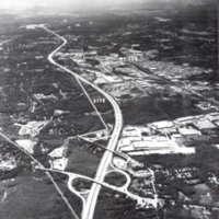 Lowell Street cloverleaf on lower edge [Route I93]