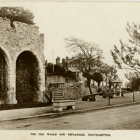 Postcard: The old walls and esplanade, Southampton
