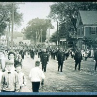 Saugus Center, May 30, R. Mansfield on left, Police & G.A.R. parade