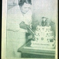 Harriett McAdoo, Decorating cake for Gov. & President