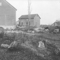 General Glover Farm and original outbuildings : 10
