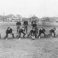 Swampscott High School football team, 1915 : offensive formation #1