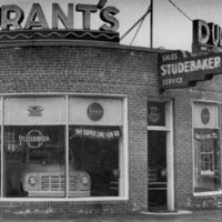 Durant's Motors and Gulf Station, 795 Main Street, Greenwood, 1949